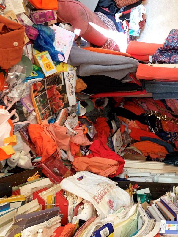 compulsive hoarder house clearance