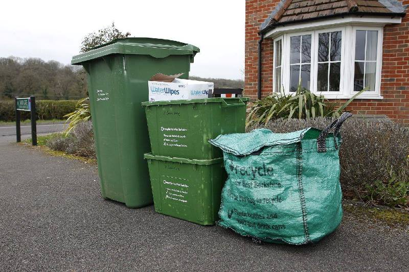 fly tipping in berkshire